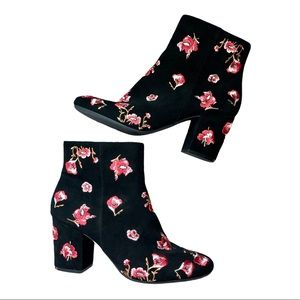 Karl Lagerfeld Edith Embroidered Black Booties